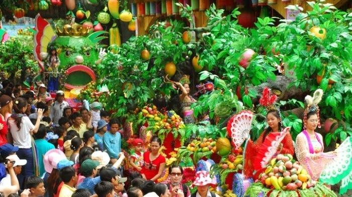 """Lễ hội """"Lái Thiêu mùa trái chín"""" thu hút du khách"""