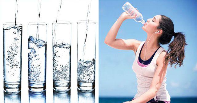 Uống nước mỗi ngày để có làn da đẹp