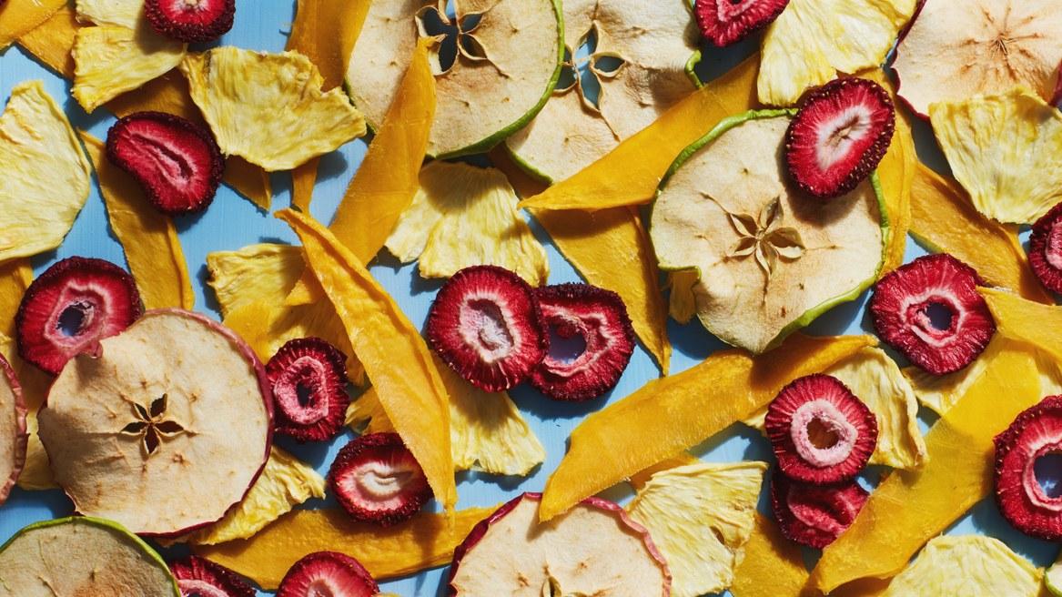 Cách làm hoa quả sấy không cần lo nướng