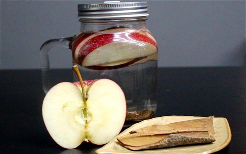 Nước detox táo và quế